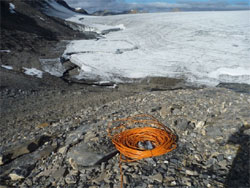 Prevedere i rischi naturali: misura del livello dei laghi glaciali