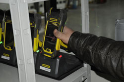 Cognex inserisce in modo rapido ed efficiente la serie MX-1502